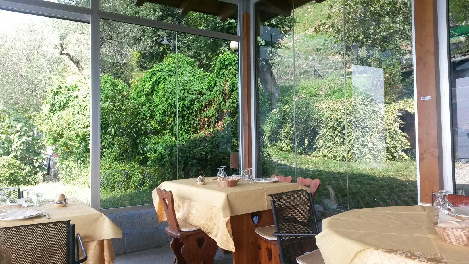 Trattoria ristorante La Spiaggetta - Sensole - Monteisola