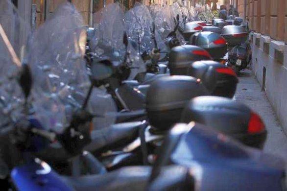 Parcheggio – Peschiera Maraglio